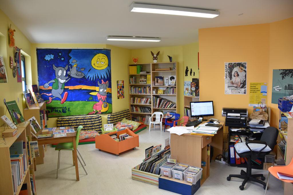 bibliotheque-lestiac-01